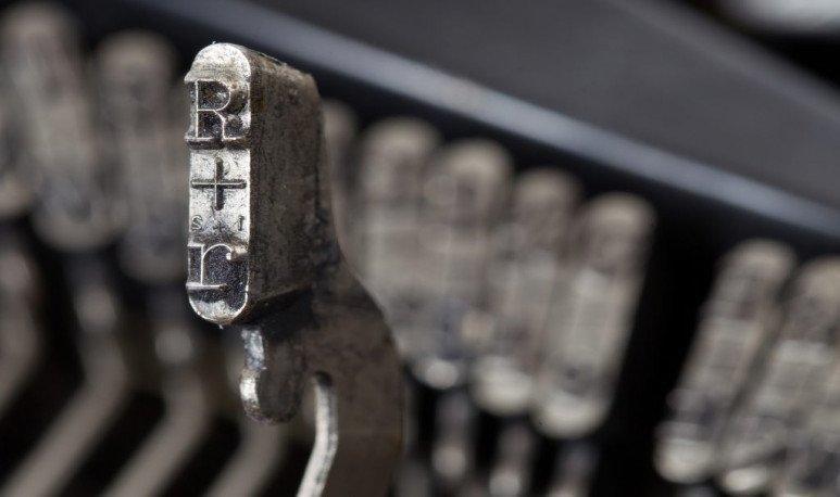 Máquina de escribir-nota Cortázar
