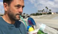 Gastón Caminata: ecologista que recoge basura
