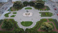 foto-4---Plaza-General-San-Martín-de-Azul