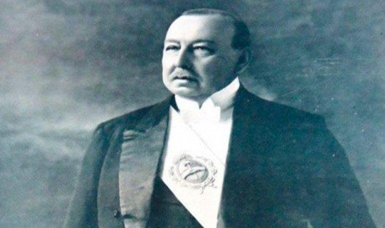 Victorino de la Plaza
