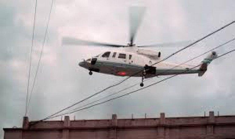 De La Rúa en helicóptero
