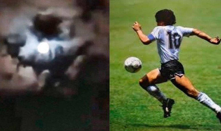 Maradona en el cielo
