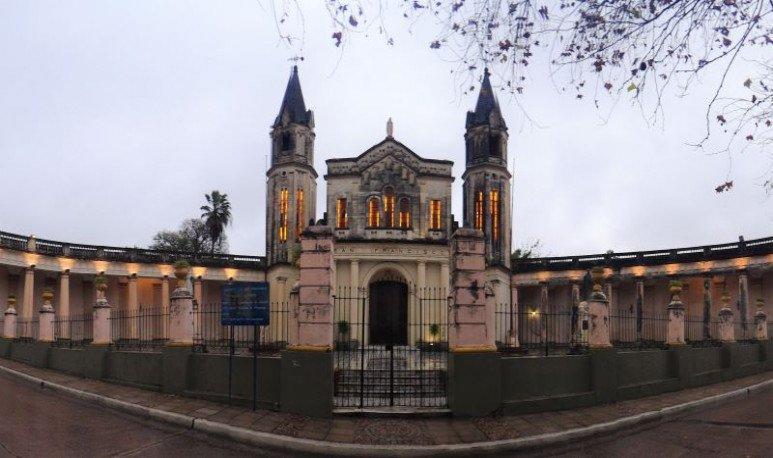 Un recorrido por la ciudad de Corrientes, y por sus siete maravillosas iglesias, todas ubicadas en su casco original.