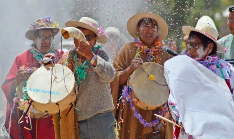 Festivities of compadres and comadres