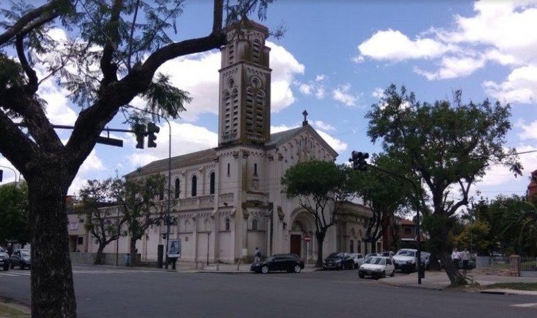 parroquia santiago apostol barrio river