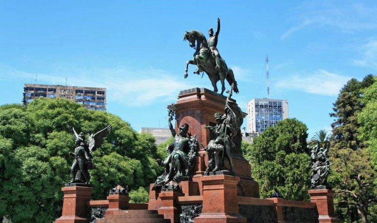 monumento a san martin en retiro