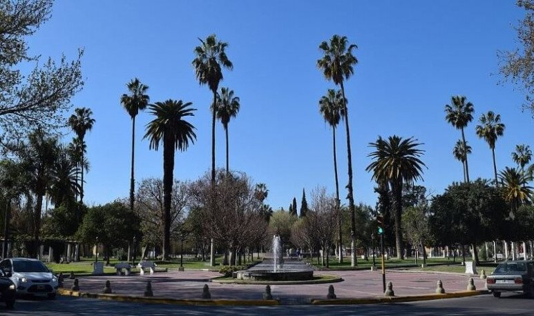founding square of mendoza capital