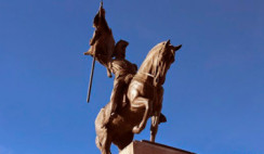 monumento a Belgrano Luján