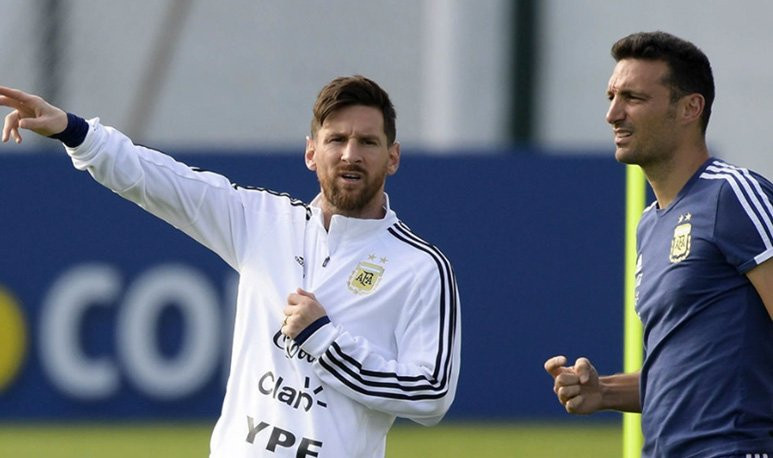 Messi -Scaloni